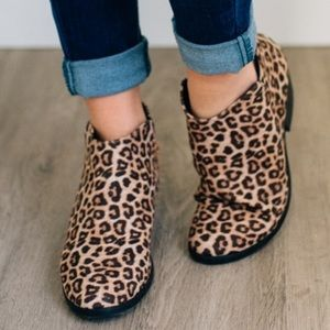 Leopard ankle chunky booties